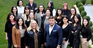 Zeren Group Holdingde çalışanların...
